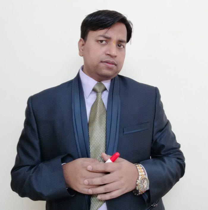 adesh saxena seo consultant in delhi
